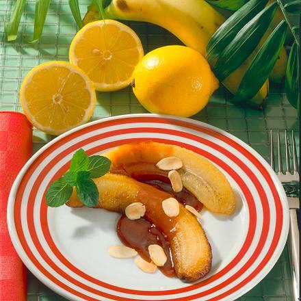 Gebratene Banane in Mandel-Fruchtsoße Rezept