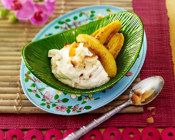 Gebratene Bananen mit Zitronengras-Kokos-Creme Rezept