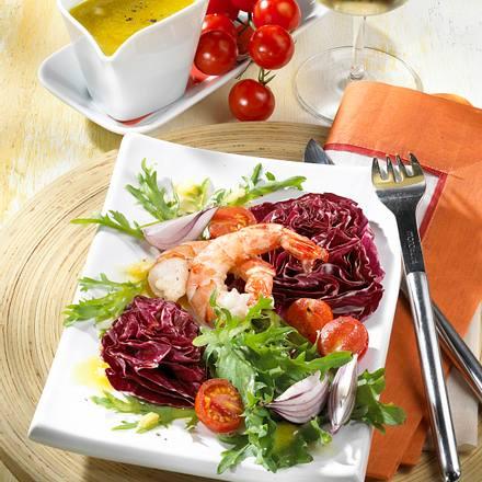 Gebratene Garnelen auf Salat Rezept