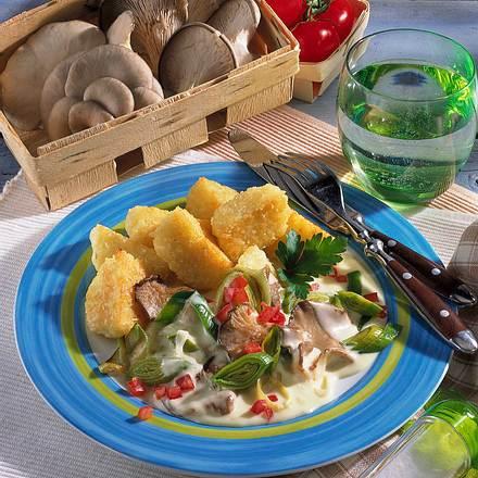 Gebratene Kartoffelknödel mit Porree-Pilzgemüse Rezept