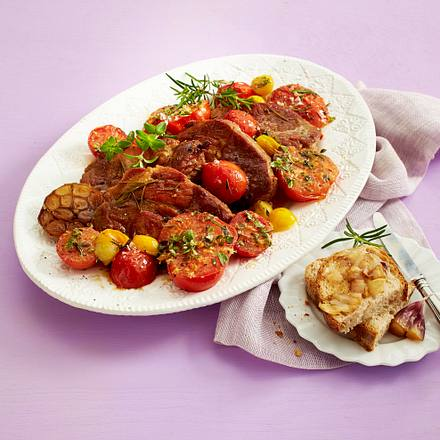 Gebratene Tomaten zu geschmorten Nackensteaks Rezept