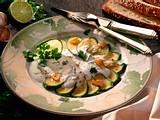 Gebratene Zucchini mit Joghurt-Koriander-Soße Rezept
