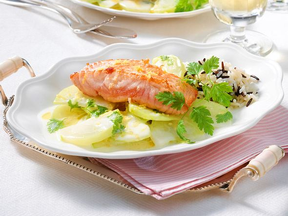 Gebratener Lachs zu Zitronen-Kohlrabi Rezept