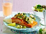 Gebratener Lachs mit Avocado-Grapefruit-Salsa Rezept