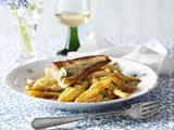 Gebratener Spargel mit Kartoffel-Tomaten-Vinaigrette zu Zanderfilet Rezept