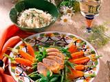 Gebratenes Hähnchenfilet auf Bohnen-Möhrengemüse Rezept