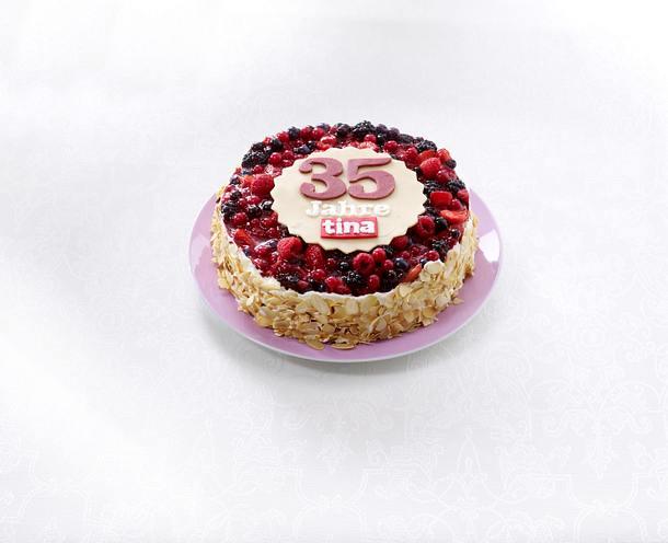 Geburtstagstorte für tina: Beeren-Frischkäse-Torte Rezept