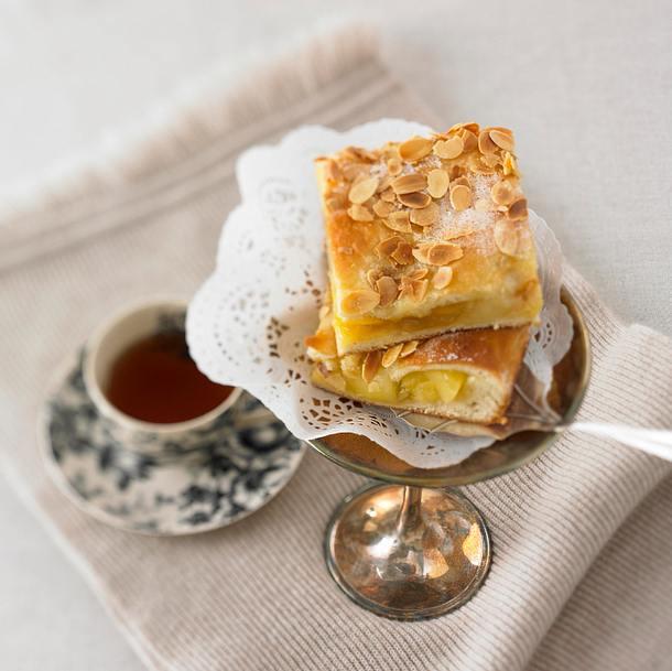 gedeckter apfel butterkuchen rezept chefkoch rezepte auf kochen backen und. Black Bedroom Furniture Sets. Home Design Ideas