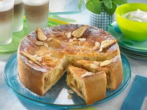 Gedeckter Apfelkuchen mit Zitronenguss Rezept