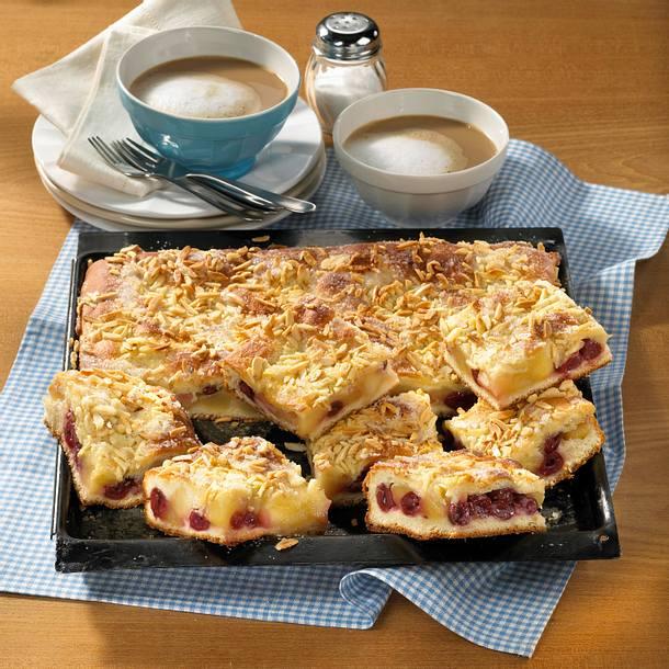 Gedeckter Kirsch-Apfel-Kuchen Rezept