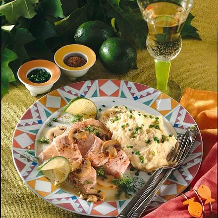 Gedünsteter Lachs mit Kartoffel-Champignon-Püree Rezept