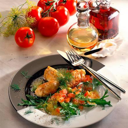 Geflügelfrikadelle auf Salat Rezept