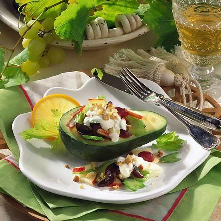 Gefüllte Avocado mit Selleriesalat (für 4 Personen) Rezept