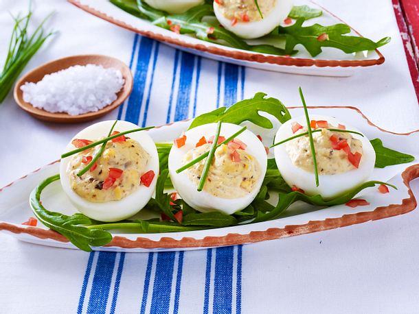 Gefüllte Eier mit Sprotten Rezept