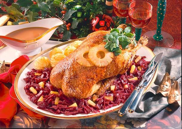 Gefüllte Ente mit Ananas-Rotkohl Rezept