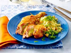 Gefüllte Hähnchenschenkel mit Bohnen und Bulgursalat Rezept