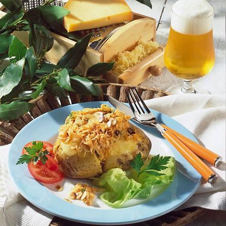 Gefüllte Kartoffel mit Sauerkraut Rezept