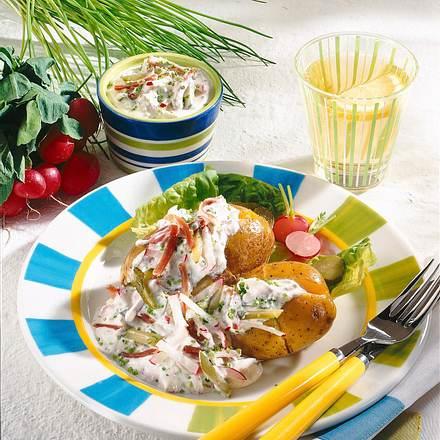 Gefüllte Kartoffeln mit Gemüsequark Rezept