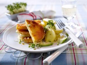 Gefüllte Kohlrabischnitzel zu Kartoffelsalat Rezept
