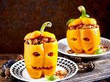 Gefüllte orange Paprika (Halloween) Rezept