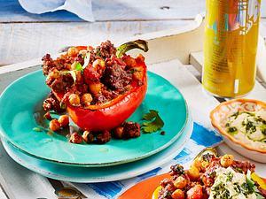 Gefüllte Paprika mit Hack-Kichererbsen-Füllung Rezept