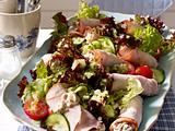 Gefüllte Putenröllchen mit Thunfischcreme zu Salat Rezept