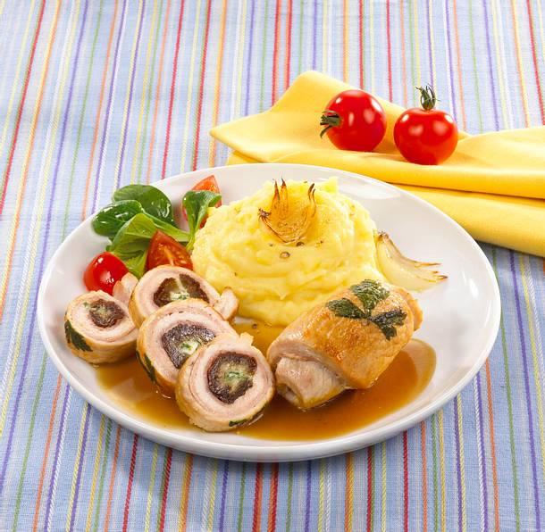 Gefüllte Putenrouladen mit Kartoffelpüree Rezept