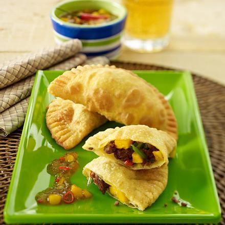 Gefüllte Samoesas (Frittierte Teigtäschchen) Rezept