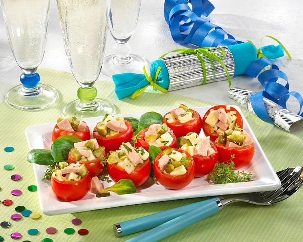 Gefüllte Tomaten mit leichtem Fleischsalat Rezept
