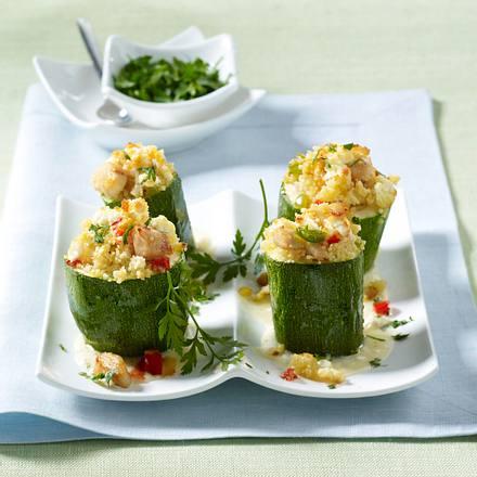 Gefüllte Zucchini mit Hähnchenfilet und Schafskäse Rezept
