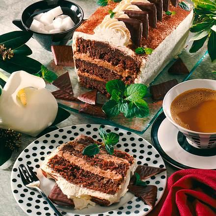Gefüllter Schokoladen-Mint-Kuchen Rezept