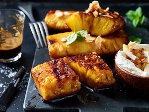 Gegrillte Ananas mit Kokosmilchschaum Rezept