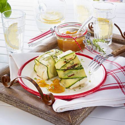 gegrillter halloumi mit mango chutney rezept chefkoch rezepte auf kochen backen. Black Bedroom Furniture Sets. Home Design Ideas