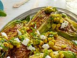 Gegrillter Mini-Römersalat mit Avocado-Salsa Rezept