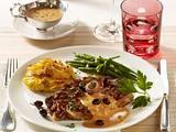 """Gegrilltes Rib Eye Steak mit """"Cafe de Paris""""-Sauce und Keniaböhnchen und Bäckerinkartoffeln Rezept"""