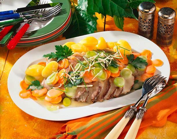 Gekochtes Rindfleisch mit Meerrettichgemüse Rezept