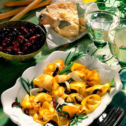 gelbe zucchini antipasti rezept chefkoch rezepte auf kochen backen und schnelle. Black Bedroom Furniture Sets. Home Design Ideas