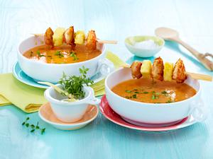 Gelbes Currysüppchen mit Hähnchenspieß Rezept