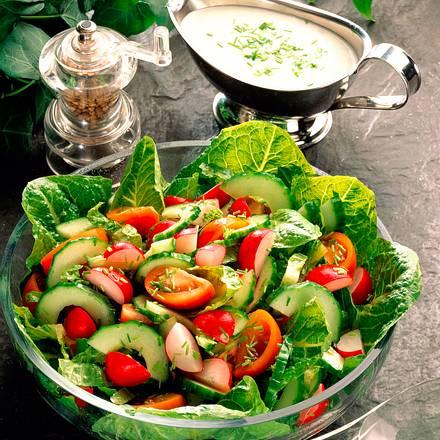 gemischter salat mit joghurt schnittlauch dressing rezept lecker. Black Bedroom Furniture Sets. Home Design Ideas