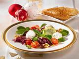 Gemischter Salat mit Kräuter-Frischkäsebällchen Rezept