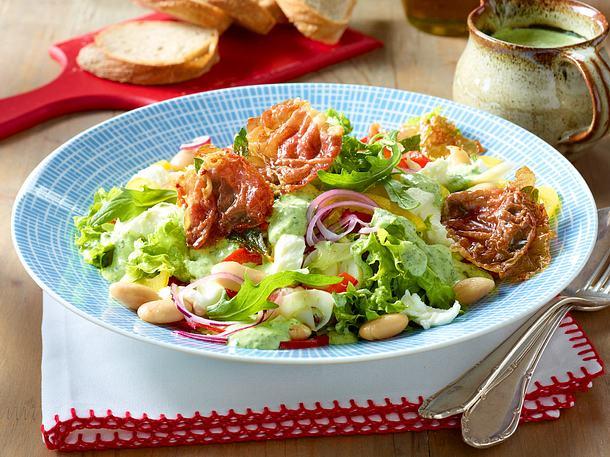 Gemischter Salat mit Rucoladressing Rezept