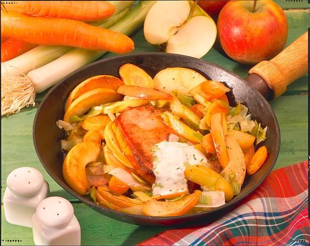 Gemüse-Apfel-Pfanne mit Kasseler Rezept