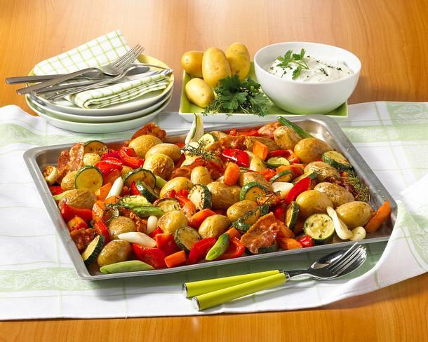 Gemüse-Blech-Kartoffeln Rezept