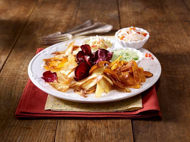 Gemüse-Chips mit dreierlei Dips Rezept