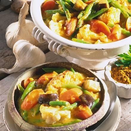 Gemüse-Curry mit Joghurt Rezept