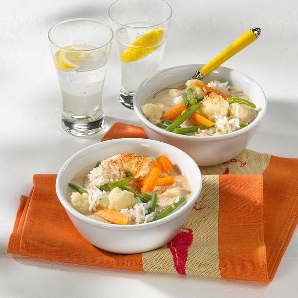 Gemüse-Kokos Gulasch mit Erdnüssen Rezept