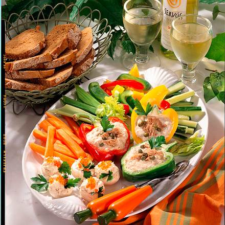 Gemüse mit Thunfisch & Forellen-Dip Rezept