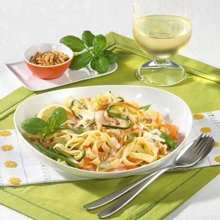 Gemüse-Nudeln in Mascarponecreme Rezept