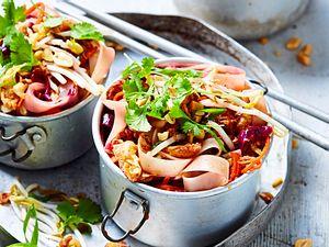 """Gemüse-Pad-Thai """"Gut und günstig"""" Rezept"""