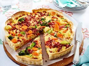 Gemüse-Quiche mit Speck Rezept